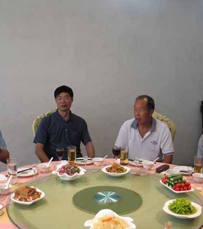 重谒帝辛陵兼评淇县燕昭安先生的新著《解读朝歌》系列丛书